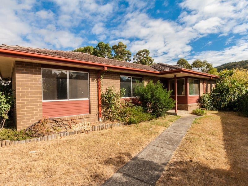 10 Twenty First Street, Eildon, Vic 3713