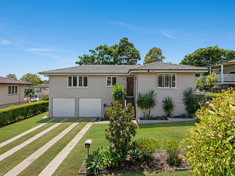 21 Benedict Street, Wavell Heights, Qld 4012