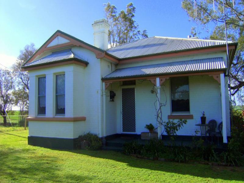 1 Old School House, Burley Griffin Way, Murrumburrah, NSW 2587