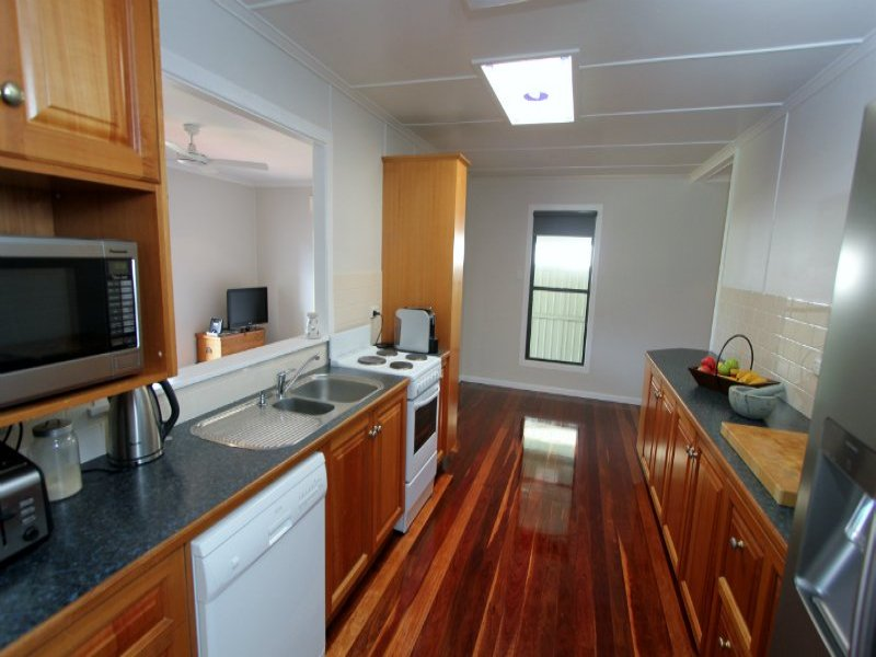 35 Dudleigh Street, North Booval, Qld 4304