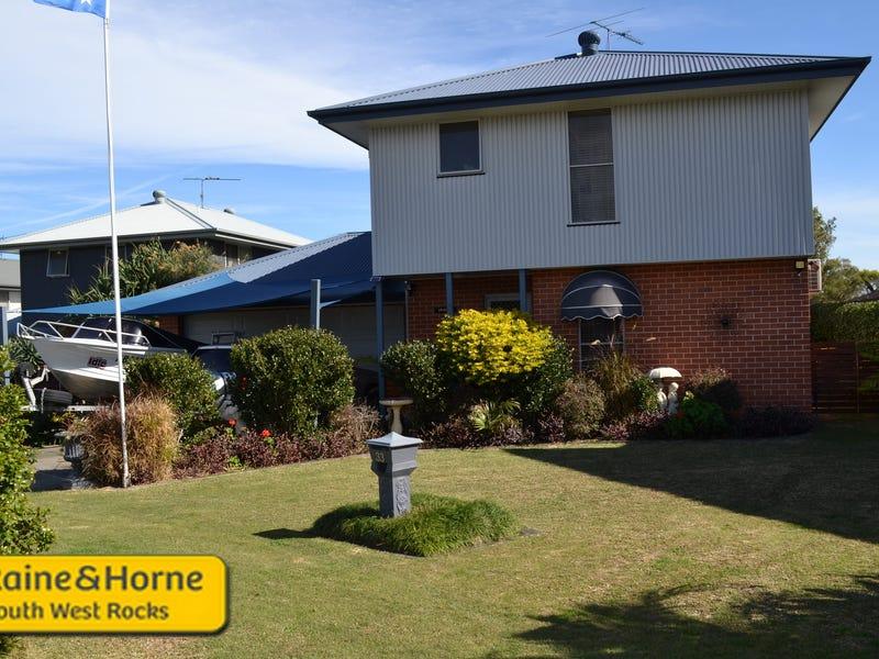 33 Sturt Street, South West Rocks, NSW 2431
