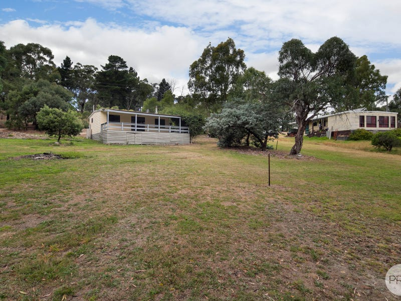 32 Young Street, Linton, Vic 3360