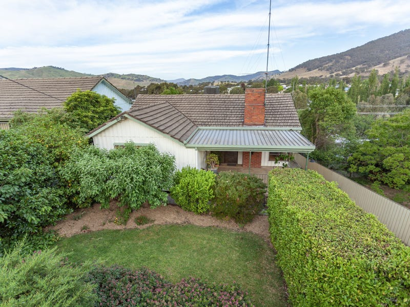 2 Willong Crescent, Tallangatta, Vic 3700