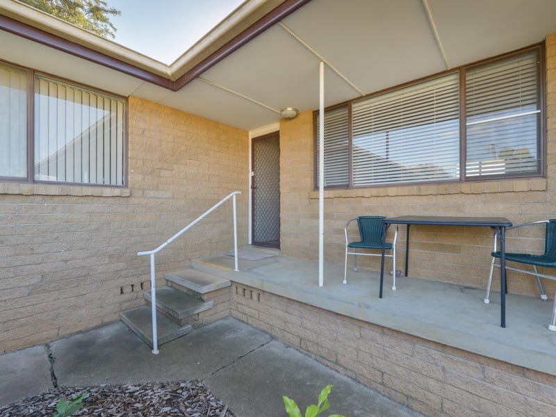 3/4 Woodstock Street, Tamworth