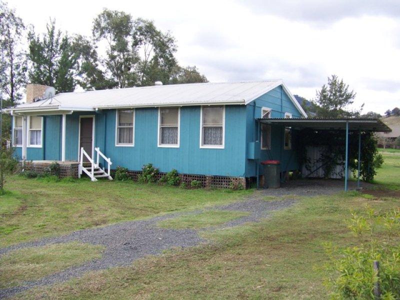 18 GLADSTONE ST, Wingen, NSW 2337