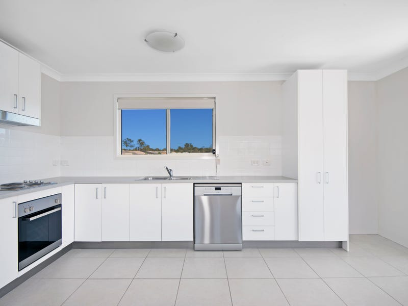 1/15 Southland Street, Leichhardt, Qld 4305