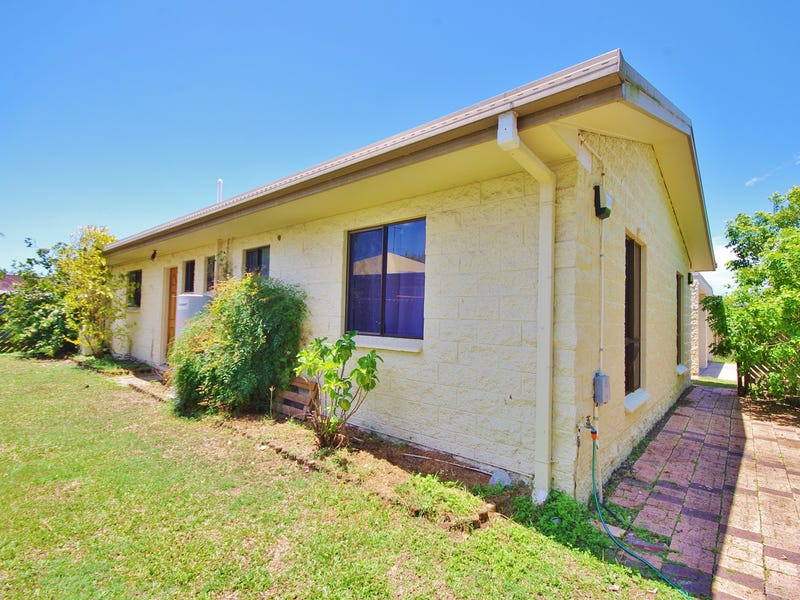 18 Lindesay Crt, South Mackay, Qld 4740