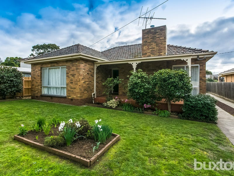 32 Buxton Road, Herne Hill, Vic 3218