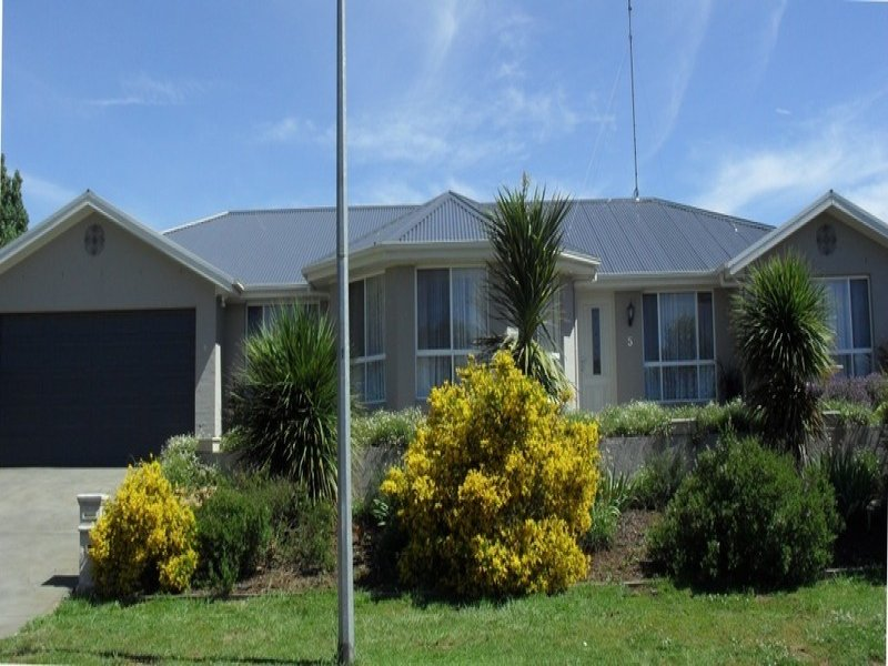 5 Corcoran  Place, Crookwell, NSW 2583