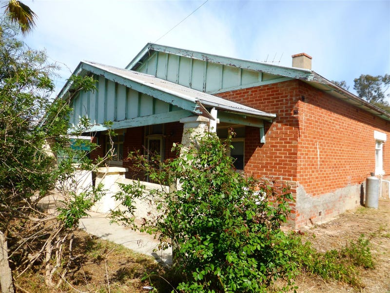 30 Main Street, Owen, SA 5460
