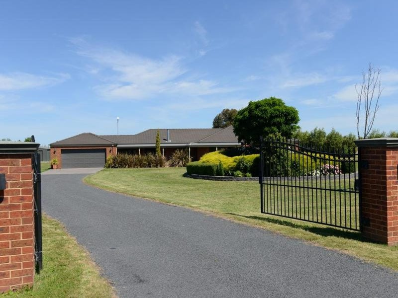 5 HOWITT Avenue, Bairnsdale, Vic 3875