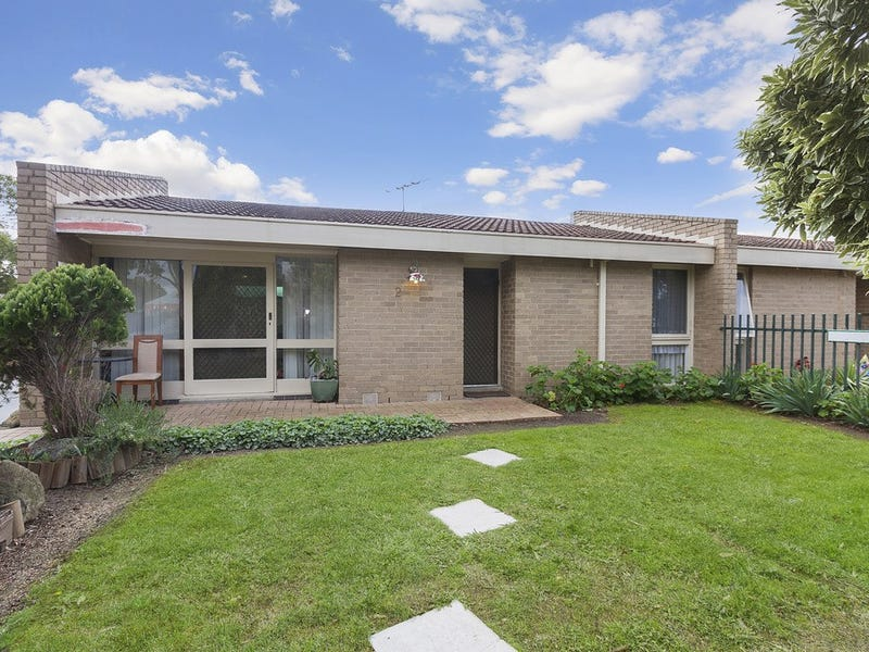 2/62 Fir Street, Whittlesea, Vic 3757