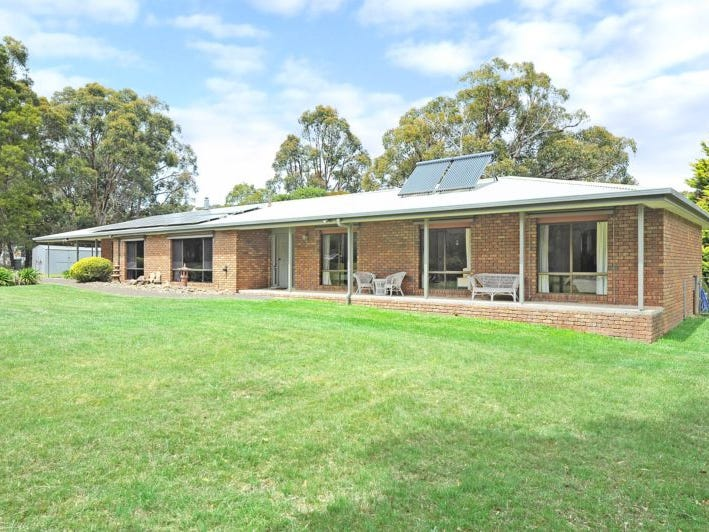 15 Forest Court, Enfield, Vic 3352