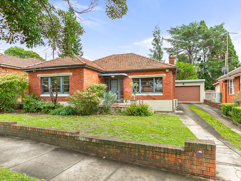 28 Noble Street, Rodd Point, NSW 2046