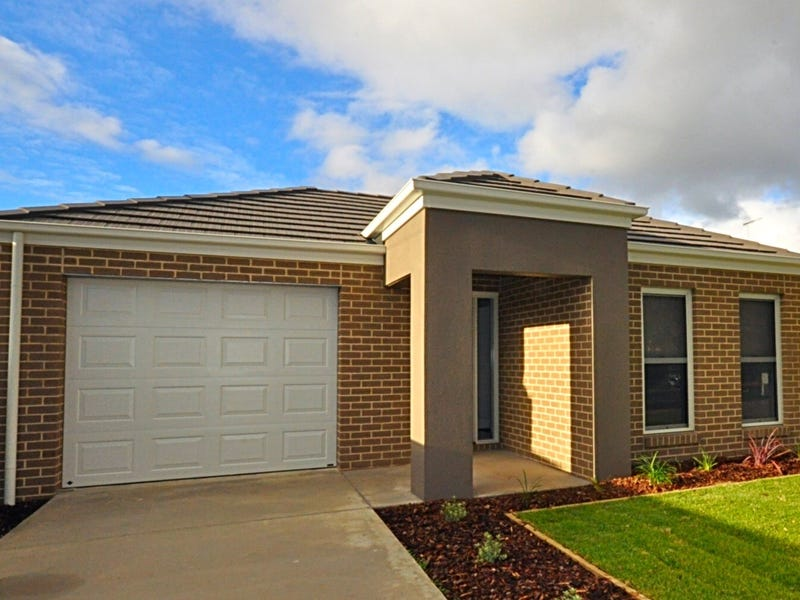 1/11 Higham Street, Maryborough, Vic 3465