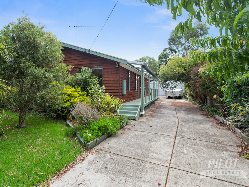 2514 Frankston Flinders Road, Bittern, Vic 3918