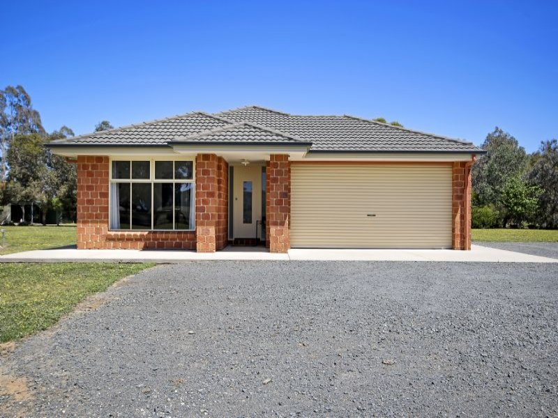 67 Elliot Road, Barnawartha, Vic 3688