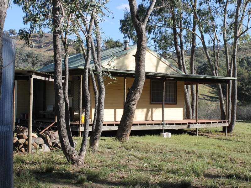 33 West Street, Tuena, NSW 2583