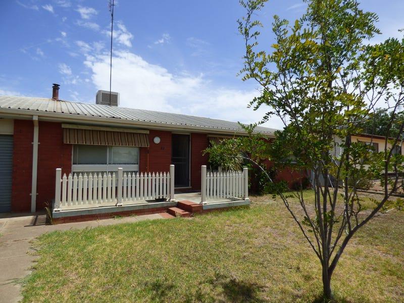 32 La Perouse Street, Wakool, NSW 2710