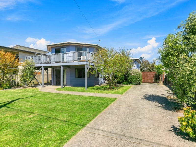 21 Parrakoola Way, Cowes, Vic 3922