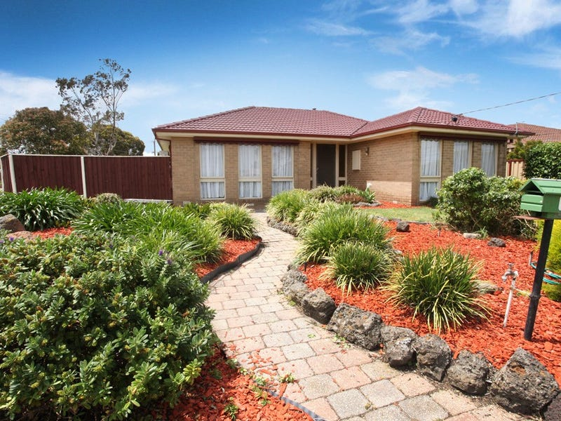 1 Pendle Close, Gladstone Park, Vic 3043