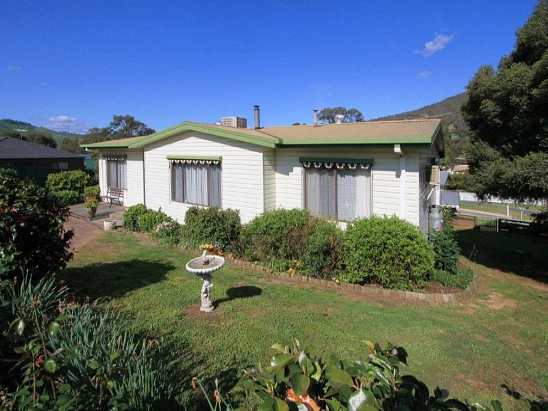 Address available on request, Tallangatta, Vic 3700