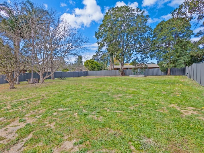 298b Freemans Drive, Cooranbong, NSW 2265