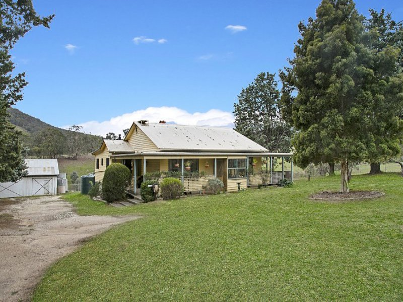2115 Highlands Rd, Whiteheads Creek, Vic 3660