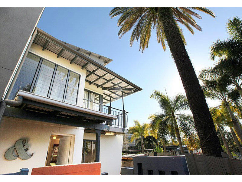 Australia 39 s largest list of properties to buy or rent for 36 vernon terrace teneriffe