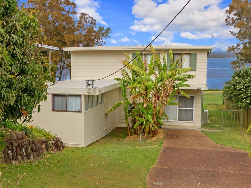 86 Diamond Head Drive, Budgewoi, NSW 2262