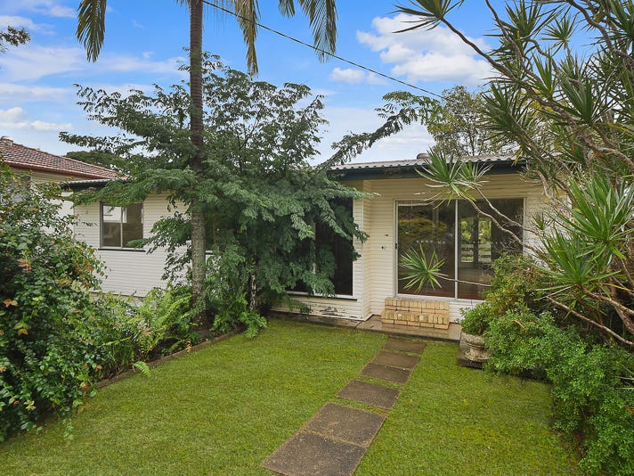 40 Olearia Street East, Everton Hills, Qld 4053