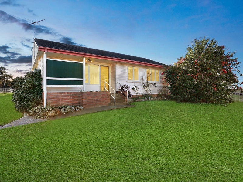 17 Clingan Avenue, Lurnea, NSW 2170