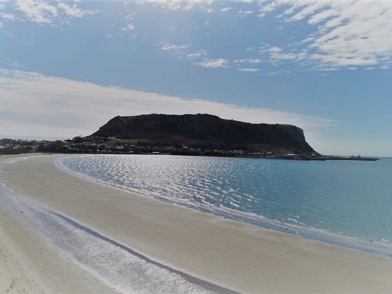 32 Marine Esplanade, Stanley, Tas 7331