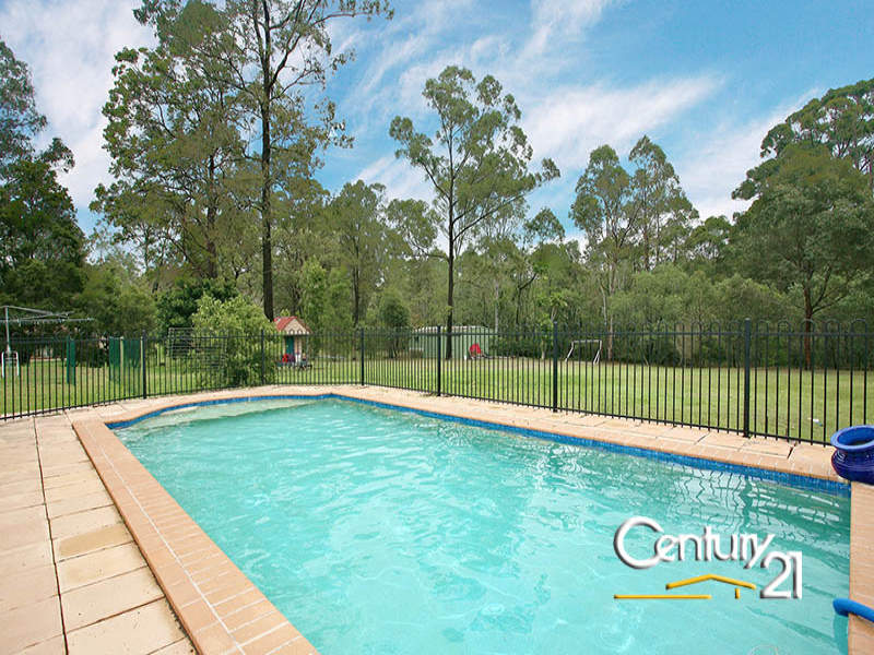 4 Kestrel Ct, Warner, Qld 4500