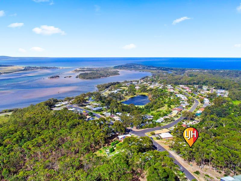 36 Hazel Road, Moruya Heads, NSW 2537
