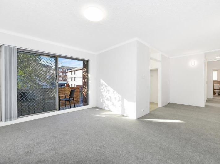 1/12 Grace Campbell Crescent, Hillsdale, NSW 2036
