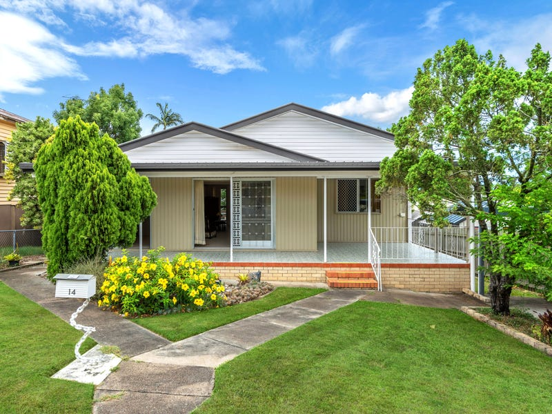 14 Clegg Parade, Newmarket, Qld 4051