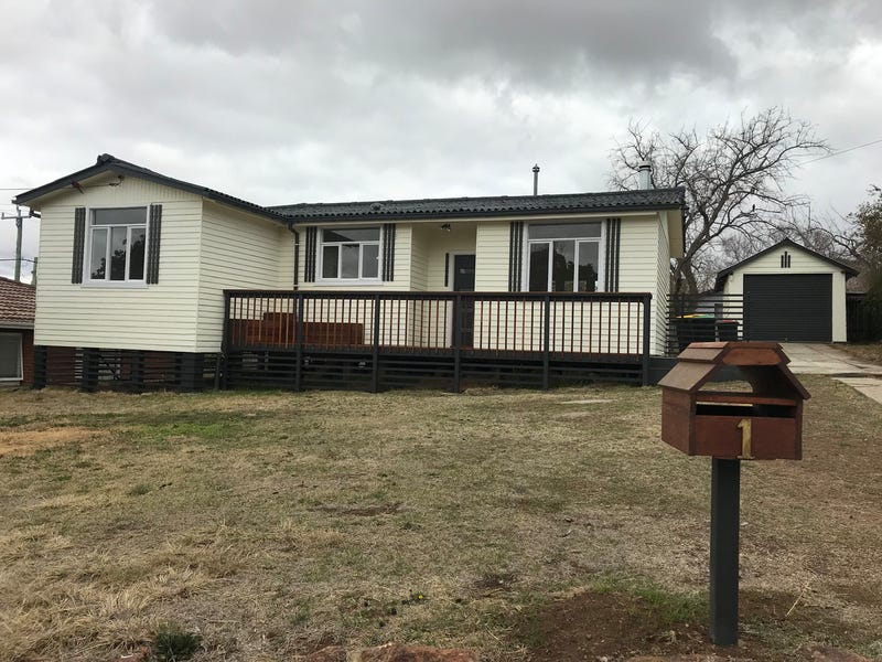 1 Mullan Place, Cooma, NSW 2630