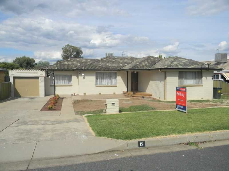 6 Karloo Street, South Tamworth, NSW 2340