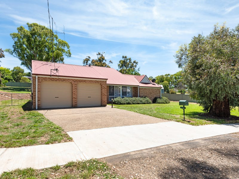 7 Hume Street, Gunning, NSW 2581