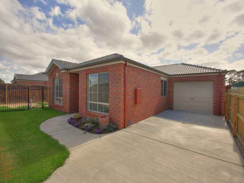 54 Armytage Street, Winchelsea, Vic 3241