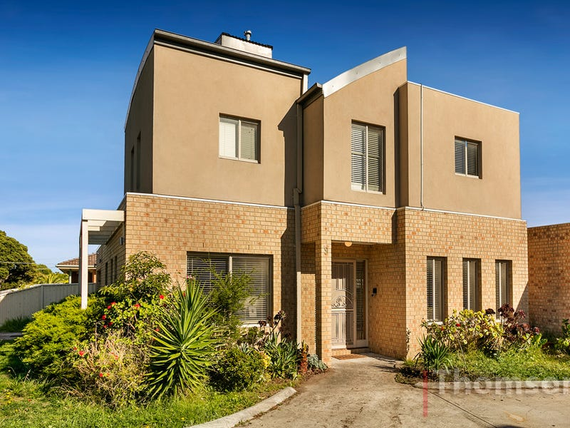 9/109 -111 McFees Road, Dandenong North, Vic 3175