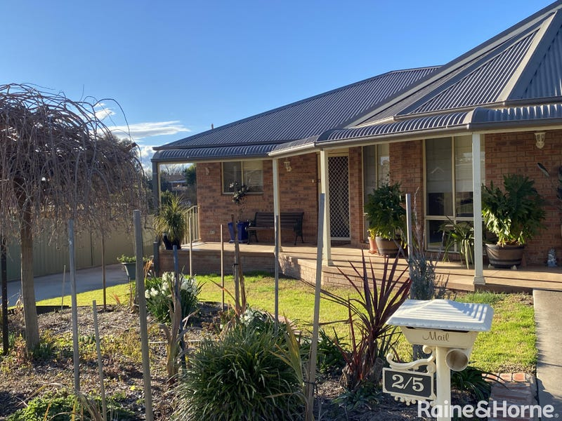 2/5 Jake Miller Place, Young, NSW 2594