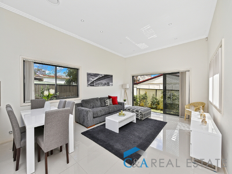 560B Guildford Rd, Guildford, NSW 2161