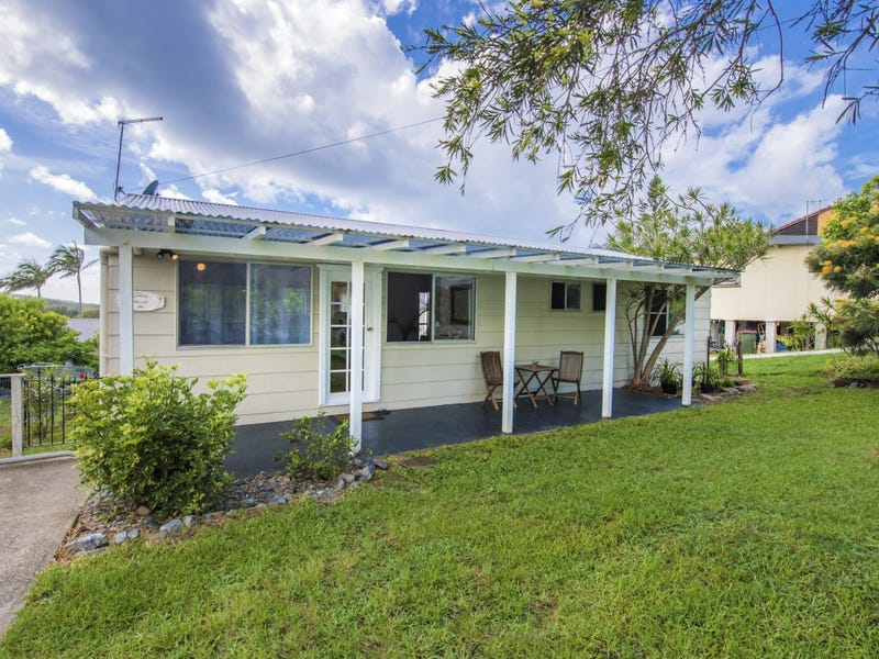 28 Arrawarra Road, Arrawarra Headland, NSW 2456