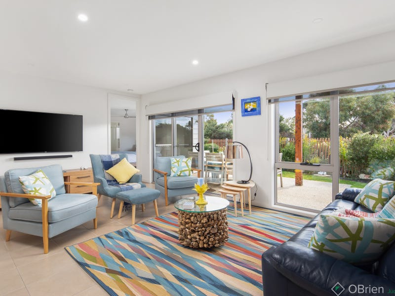 25 Birch Crescent, Cowes, Vic 3922
