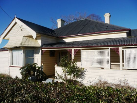 129 Macquarie Street, Glen Innes, NSW 2370