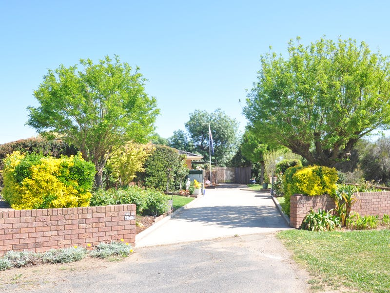 43 Seignior Street, Junee, NSW 2663
