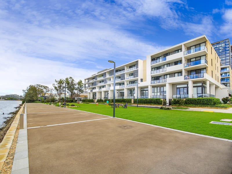 202/21 Verona Drive, Wentworth Point