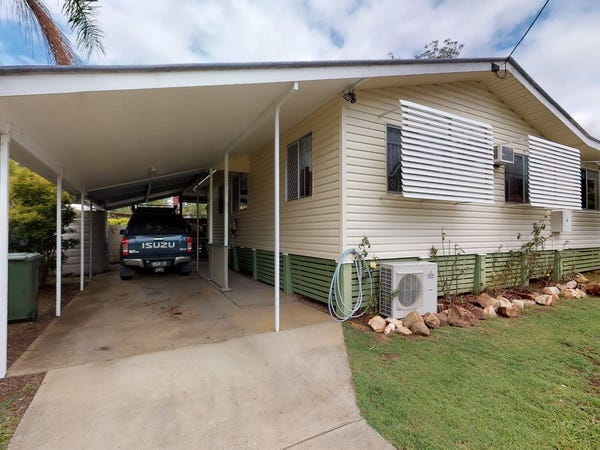 8 Barbour Street, Esk, Qld 4312